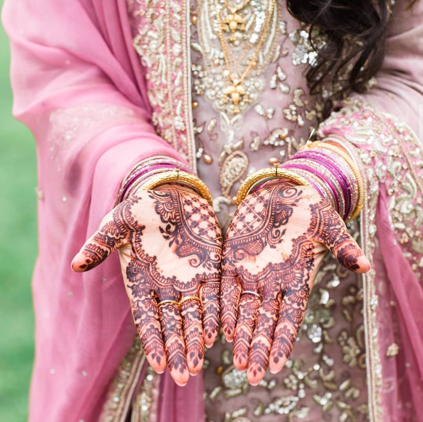 Hamnah N. The Henna Artist
